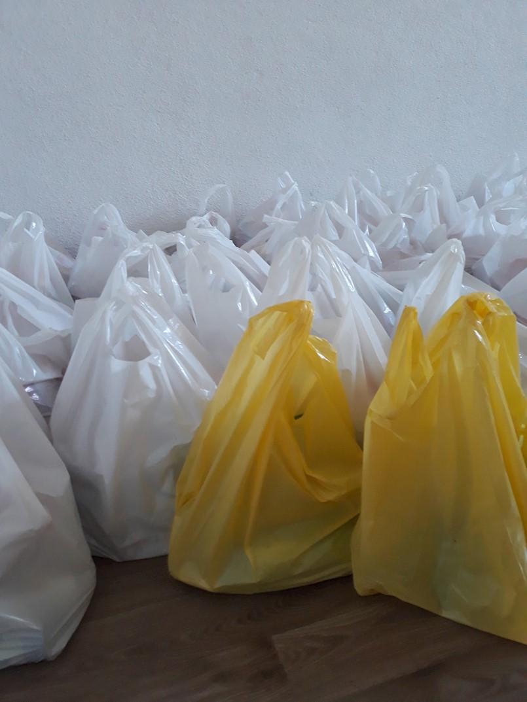 Podjela paketa potrebitim građanima povodom uskrsnih blagdana